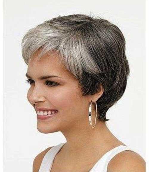 Short Haircuts Women Over 50-19
