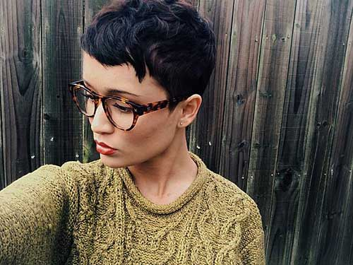 Cute Pixie Haircuts-21