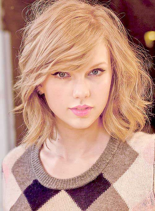 Celebrity with Short Hair-23