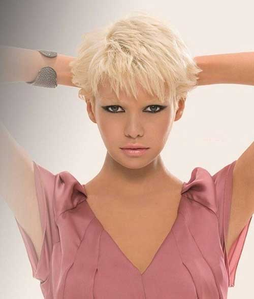 Pixie Hairstyles for Round Faces-6