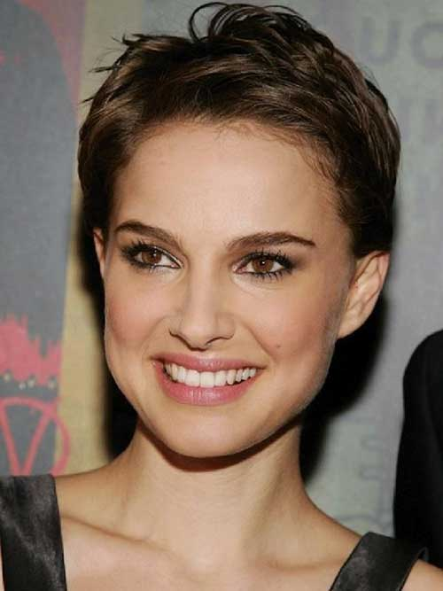 Pixie Hairstyles for Round Faces-8