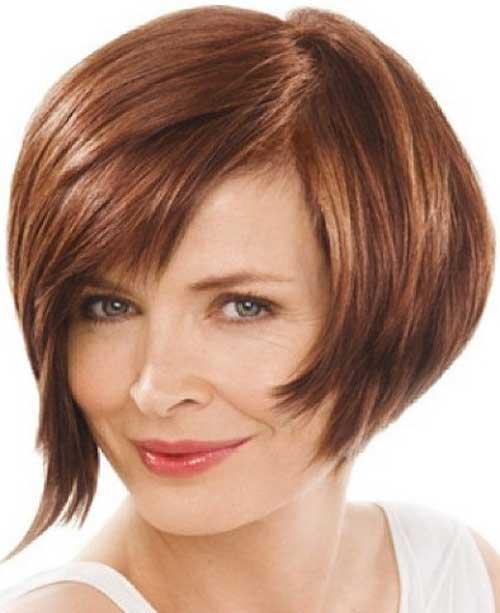 Short Hair for Women Over 40-14