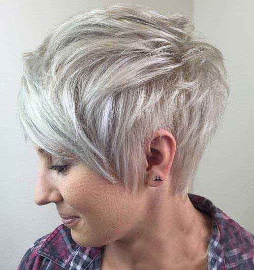Blonde Pixie Cuts-15
