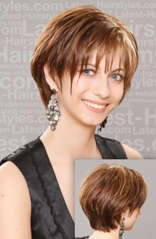 Short Hair for Women Over 40-15