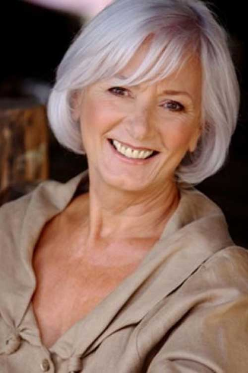Short Hair Cuts for Older Women-16