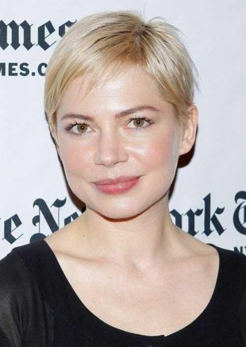 Short Hair for Women Over 40-19
