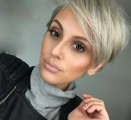 Blonde Pixie Cuts-20