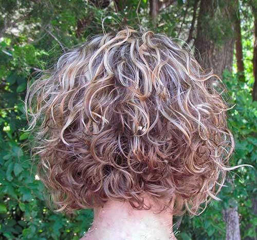 Short Layered Curly Haircuts
