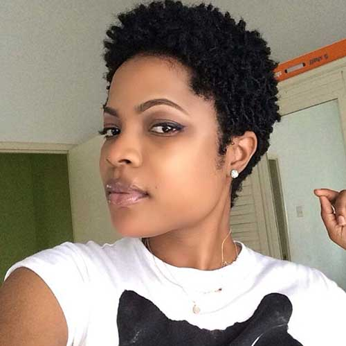 Short Natural Hairstyles for Black Women-18