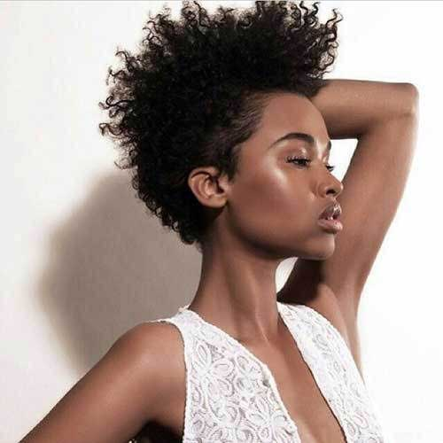 Naturally Curly Short Hair Styles