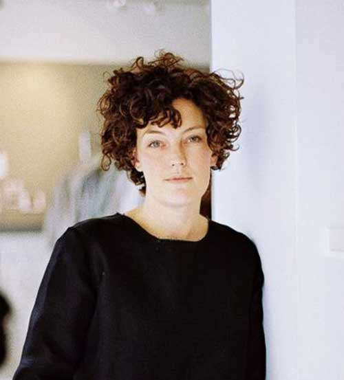 Short Haircuts for Curly Hair-11