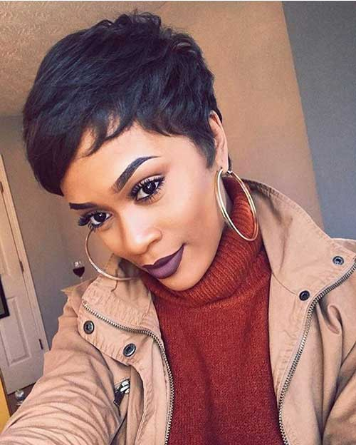 Short Haircuts for Black Women-15