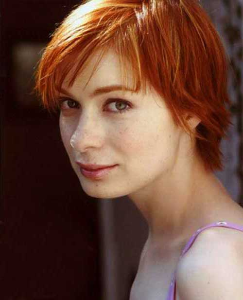 Female Celebrities with Short Hair-19