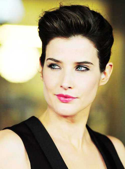 Female Celebrities with Short Hair-20