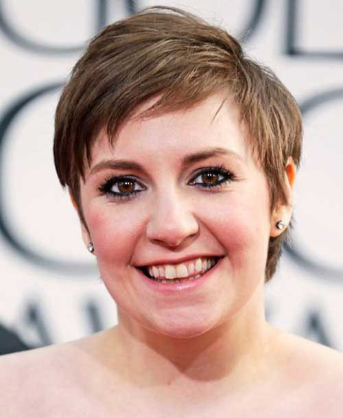 Short Haircuts for Round Faces-6