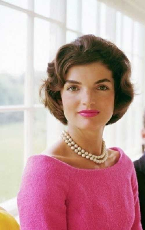 Jackie Kennedy Vintage Short Wavy Haircuts
