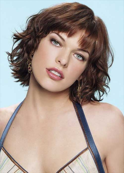 Milla Jovovich Short Wavy Haircuts with Bangs