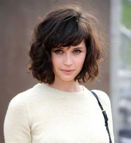 Short to Medium Wavy Bob with Bangs