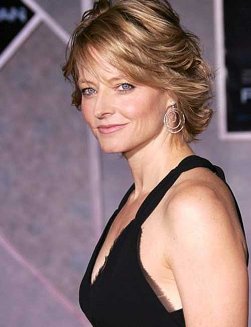 Jodie Foster Glamarous Short Blonde Haircuts