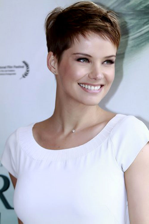 Celebrity Pixie Haircuts 2015