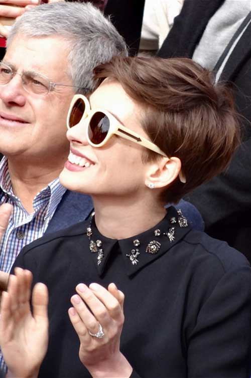 Anne Hathaway Cute Pixie Hairstyle