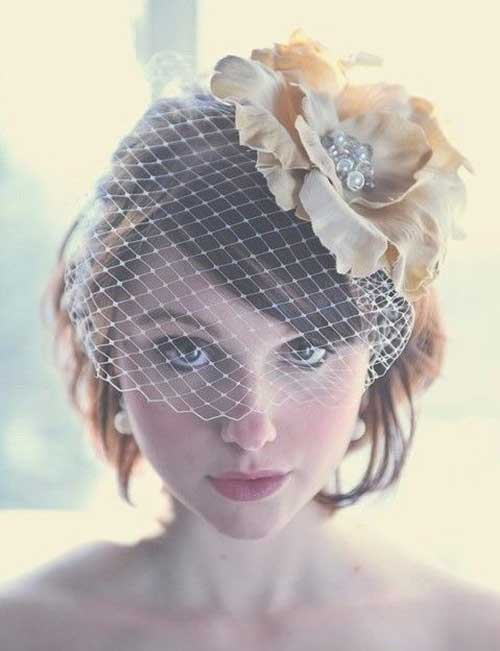 Pretty Short Wedding Hairstyles with Birdcage Veil