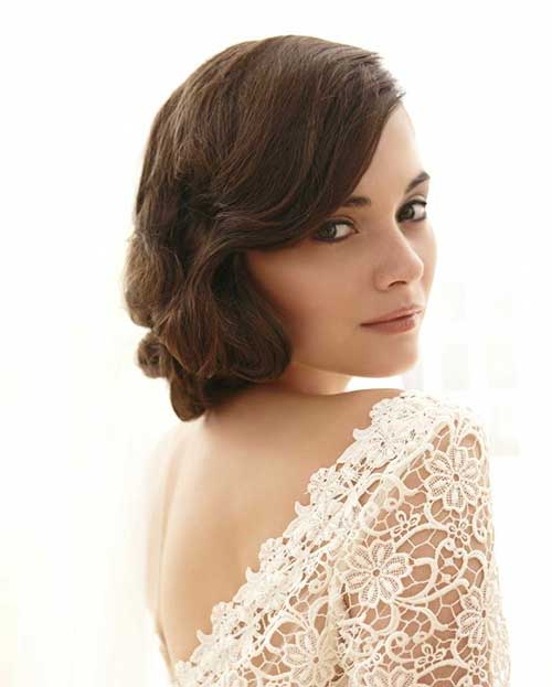Short Wedding Hairstyles with Side Swept for Short Hair