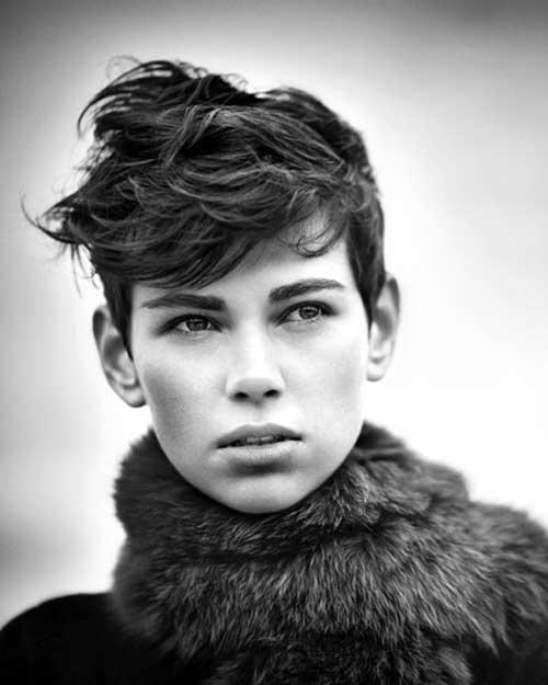 Short Voluminous Boyish Messy Hairstyle for Rounded Face