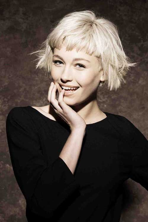 Incredibly Short Platinum Bob for Cute Round Faces