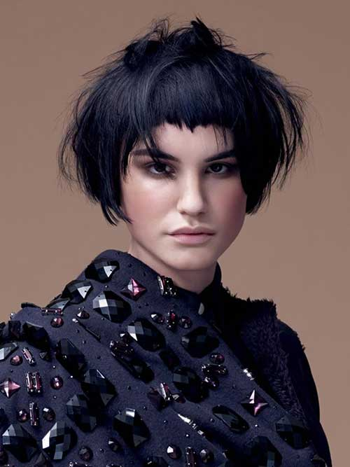 Short Messy Original Cute Hairstyles for Rounded Faces