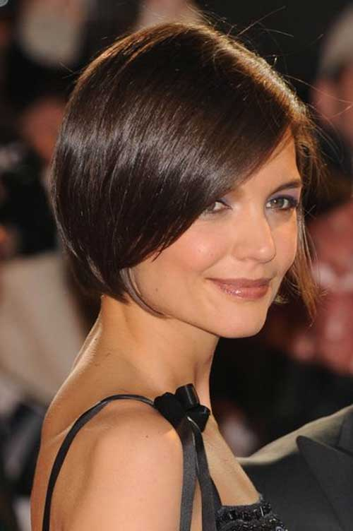 Katie Holmes Shiny Short Hairstyles