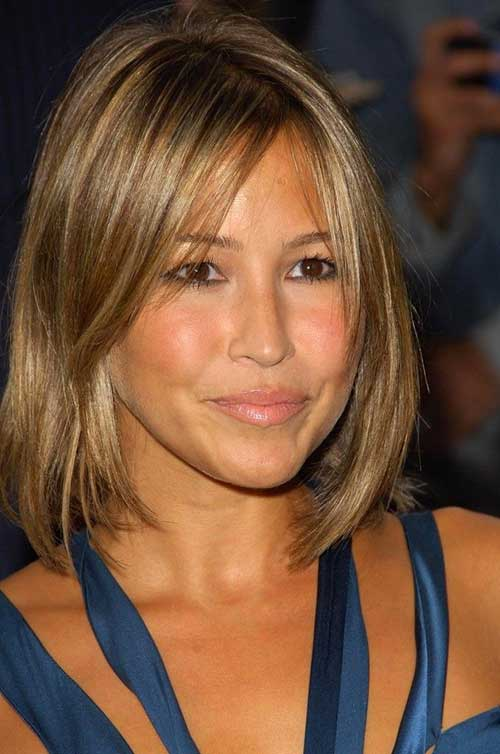 Short Natural Simple Line Hairstyles