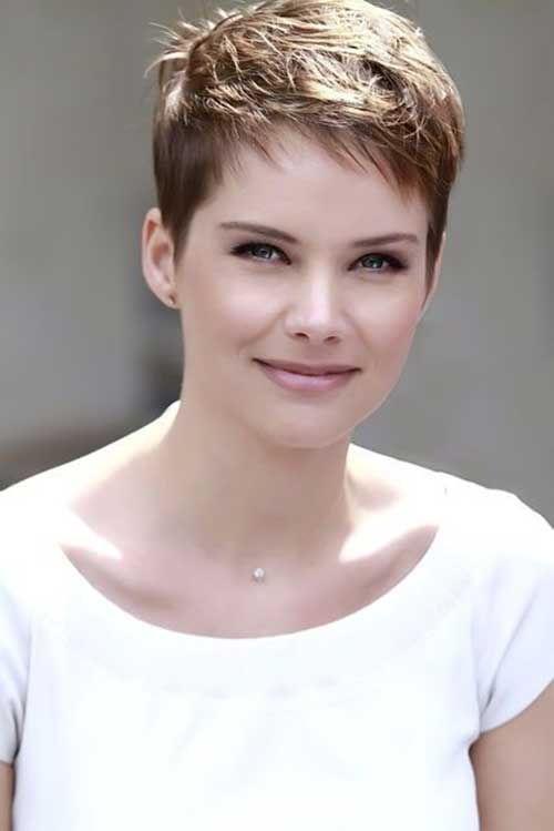 Very Short Pointy Hairstyles for Women