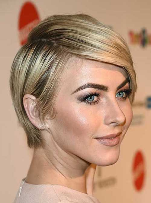 Short Sophisticated Straight Hairstyles