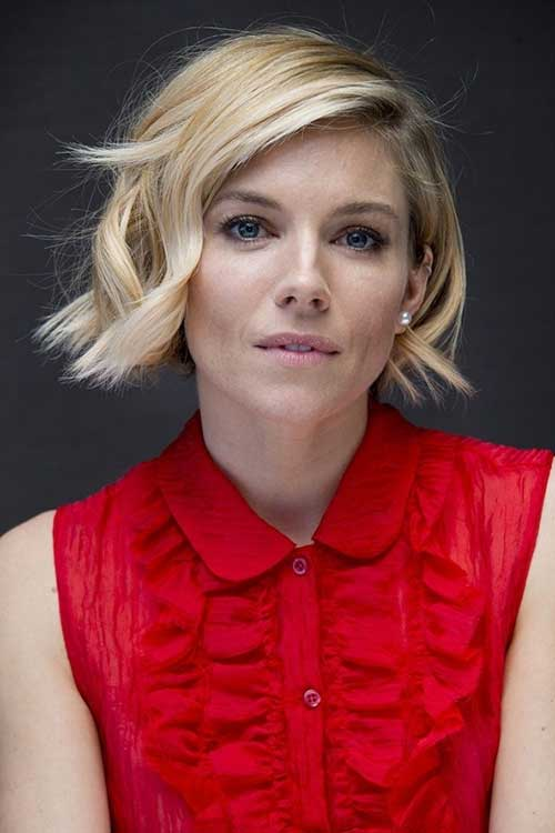 Nice Short Cute Blonde Bob Hairstyle