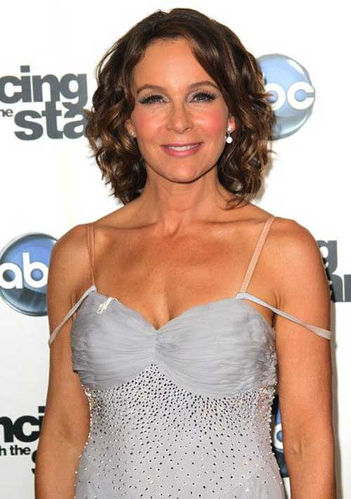 Jennifer Grey Hairstyles with Curls