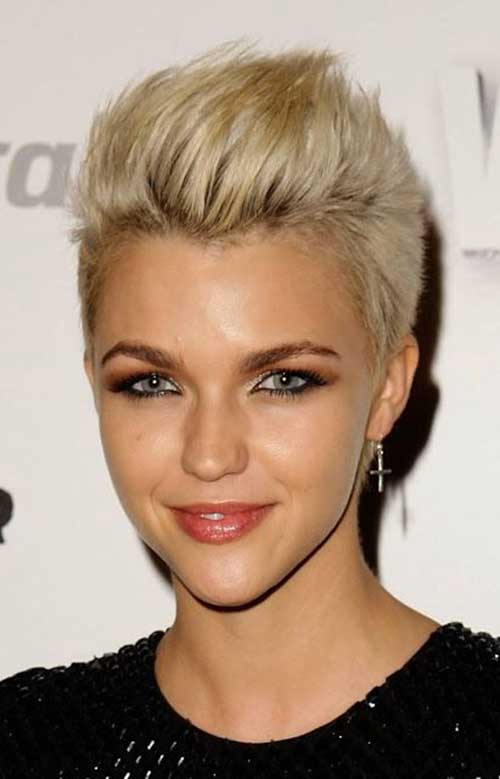 Cute Short Pixie Hairstyles For Women