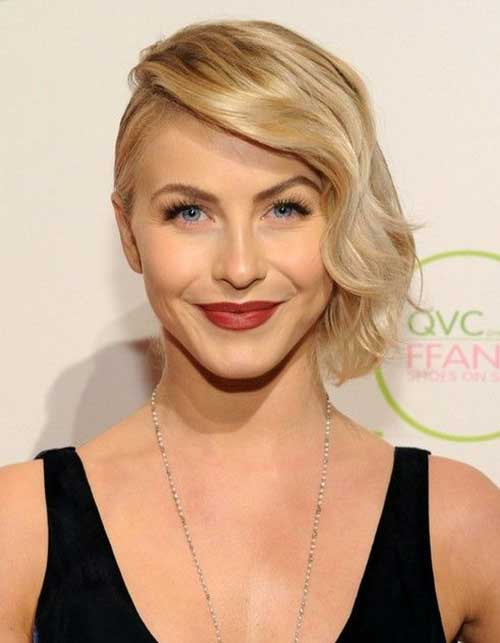 Julianne Hough Short Angeled Bob Hairstyles with Side Apart