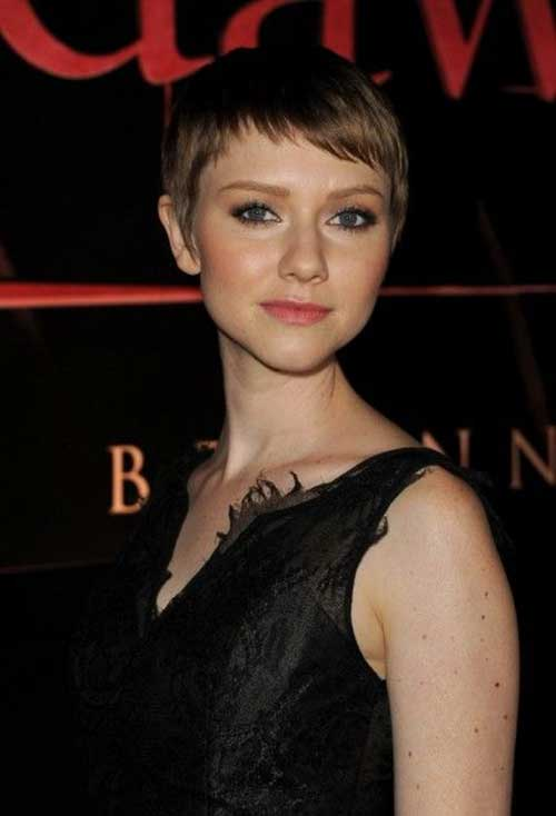 Valorie Curry Short Cute Nice Pixie Hairstyles