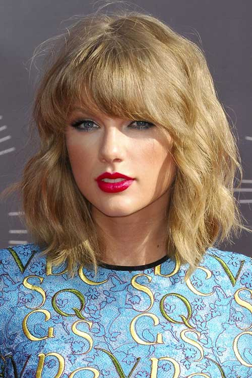 Taylor Swift Best Short Curly Bob Haircuts with Bangs