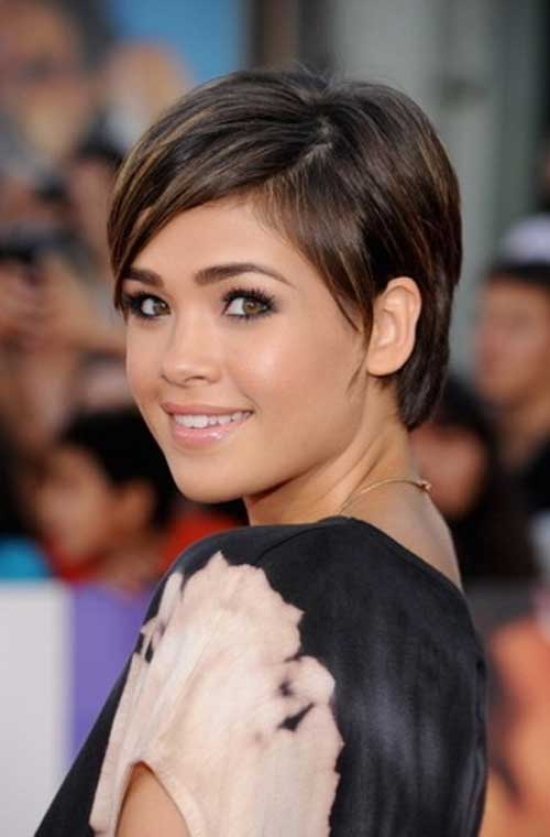 Short Girlie Straight Hairstyles