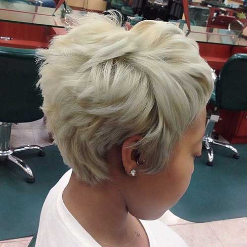 Wispy Blonde Pixie Cut for Short Hairstyle