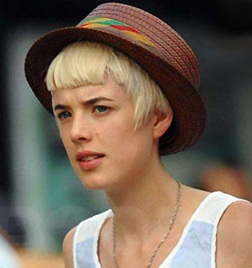 Agyness Deyn's Baby Straight Bangs