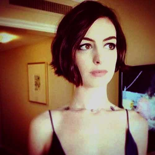 Anne Hathaway Bob Short Hair Stlye