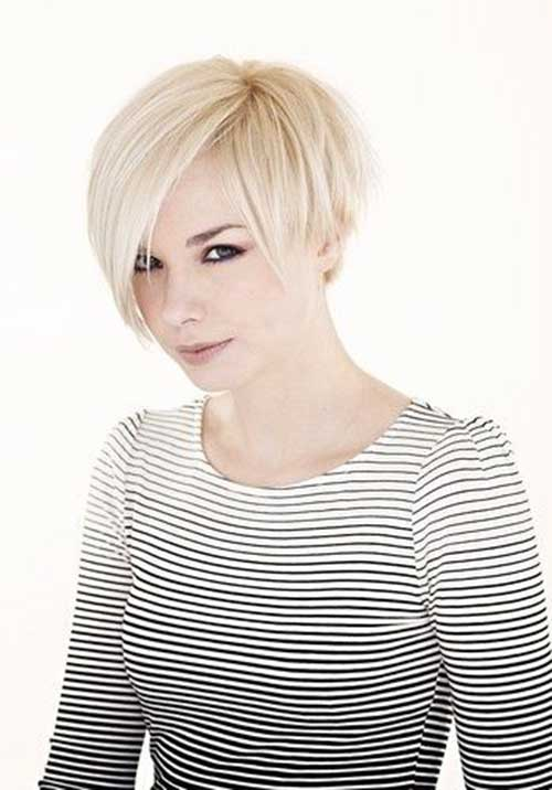 Cute Cropped Straight Blonde Haircut Style