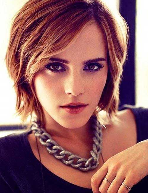Emma Watson Cute Short Blonde Hairstyles with Side Bangs