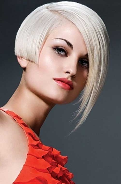 Platinum Blonde Hair Style with Straight Hair Cut