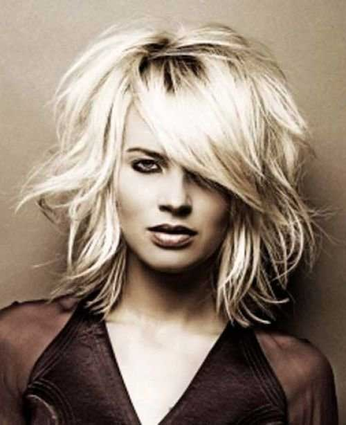 Short Hair Messy Straight Style