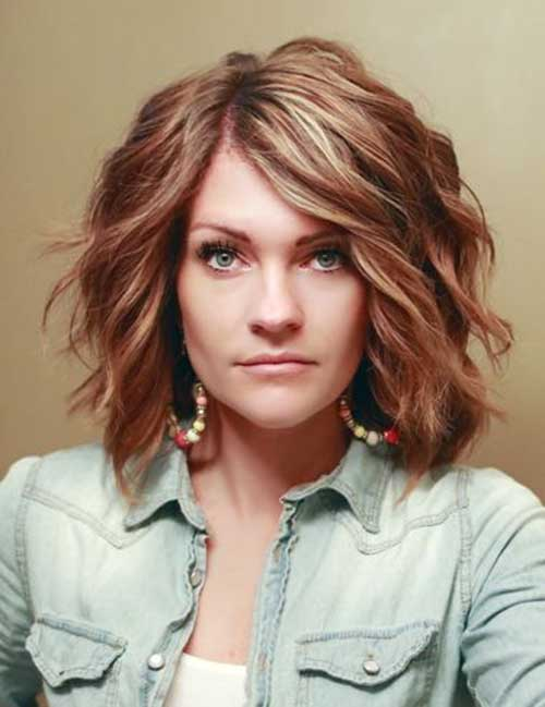Best Thick Wavy Look Short Hairstyle Idea