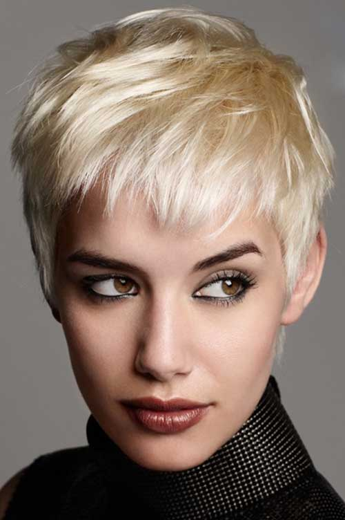 Womens Short Straight Hair Cut and Trends